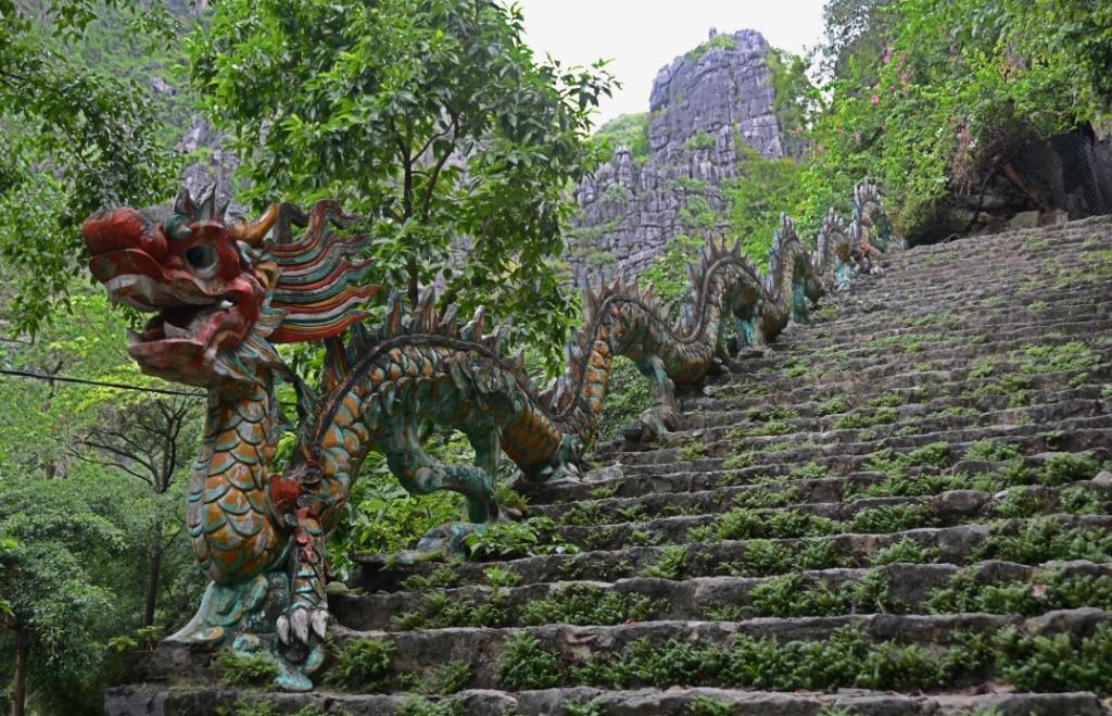 1 5 https://blog.maiwolf.de/vietnam_ninh-binh/